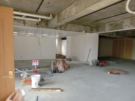 薬局の新規出店工事の画像