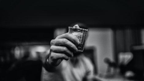Spielschulden sollte man sofort begleichen
