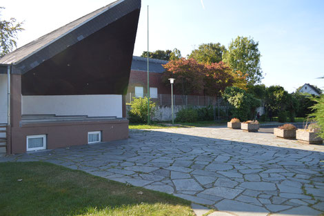 Dorfplatz mit Musikpavillon