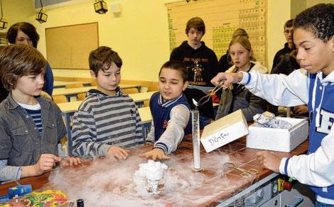 Wie im Vorjahr zeigen die Schüler wieder Experimente.
