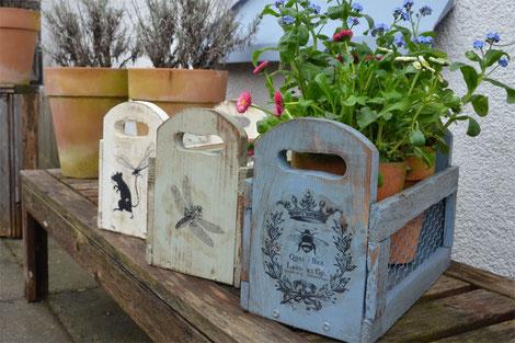 Pflanzen-Kistchen mit Hasendraht