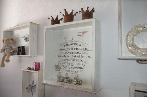 Dekoschublade mit Vintage-Druck