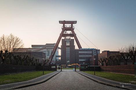 Doppelbock Fördergerüst auf der Zeche Zollverein, Essen, Ruhrgebiet, Deutschland, Industriekultur, Industrie, Zechen, Bergbau, Steinkohle