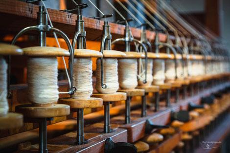 Spinnräder in der Textilfabrik Cromford, Ratingen, Deutschland, Industriekultur, Industrie, Industrieanlagen, Textilindustrie