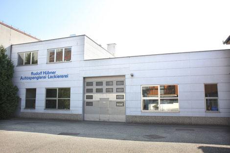 Werkstatt Spenglerei Lackiererei Autoglas Reifendepot Rudolf Hübner Ges.m.b.H.