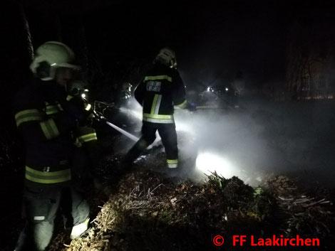 Feuerwehr, Blaulicht, Laakirchen, PKW, Bahnübergang