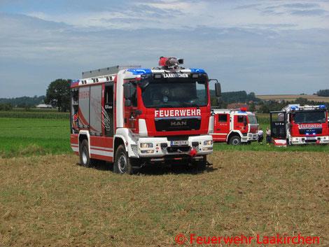 Feuerwehr, Blaulicht, FF Laakirchen, Notlandung, Flugzeug, Feld