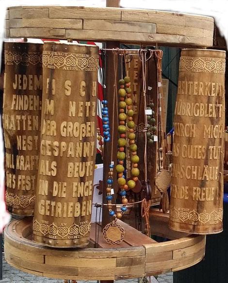 Gebetsmühlen auf Deutsch