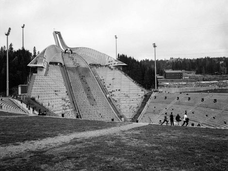 complete view of the famous Holmenkollen