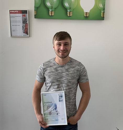 Florian Kohn, mit seinem KNX-Zertifikat