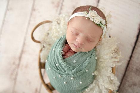 Séance photo bébé naissance nouveau-né maternité grossesse Dijon Beaune Dole
