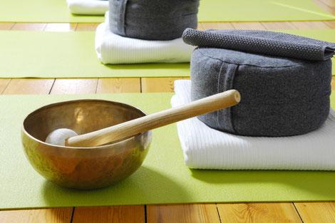 Meditation Session Zürich Oerlikon. Yoga2day, das Studio für Ruhe, Entspannung und Stille.