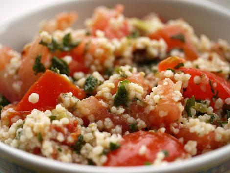 Moringa in Couscous Salat
