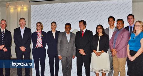 Inauguration de l'AustCham Mauritius ce jeudi 19 juillet en présence du ministre Ivan Collendavelloo ; du haut-commissaire de l'Australie à Maurice, Jenny Dee ; et de Graeme Robertson, le président de la chambre de commerce australienne.