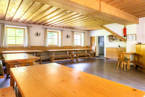 Großer Gemeinschaftsraum gleich neben der Küche