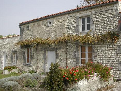 La Petite Maison du Lin à visiter à Lignières-Sonneville en Charente