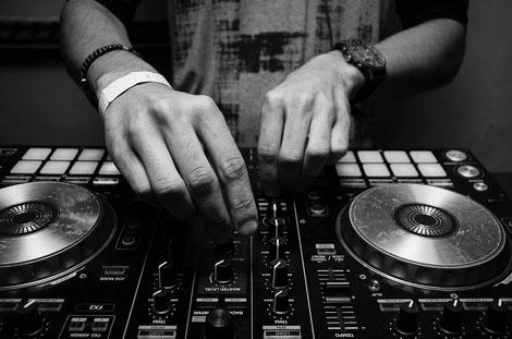 Moderner DJ Unterricht - DJing an der dmp school Nürnberg