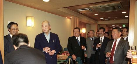 取引業者が一同に会して、恒例の今井会新年会(2015年)