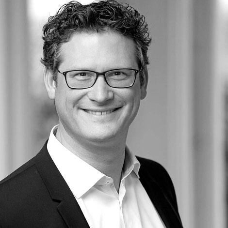 Hannes Fischer, Trainer mit Schwerpunkt Pharma/Forschung, Fachmedien, Kommunikationsstrategien, Dienstleisterauswahl- und Steuerung