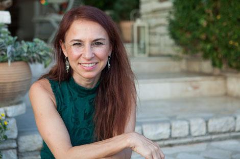 Simone Kan, Heilpraktikerin (Psychotherapie)