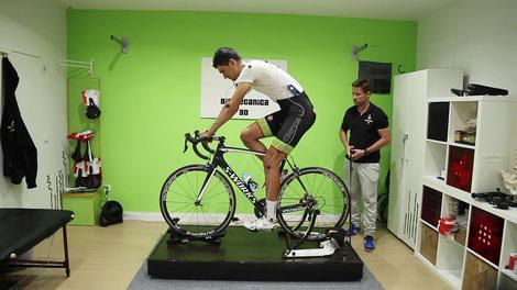 Método casero de estudio biomecánico de ciclismo. Estamos en Madrid