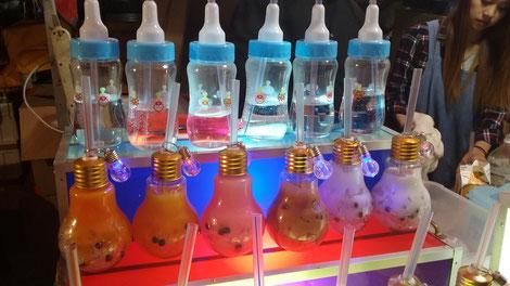 今年の縁日での流行りは 電球(下の段) 浅草三社祭