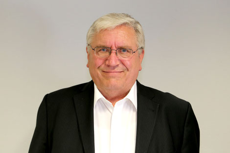 Karl Schumacher ist Inhaber des Beerdigungsinstituts Karl Schumacher e.K. mit Sitz in Oberhausen  (Foto: Beerdigungsinstituts Karl Schumacher)
