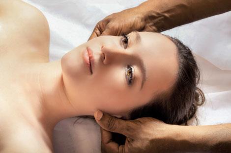 Massage ist Berührung