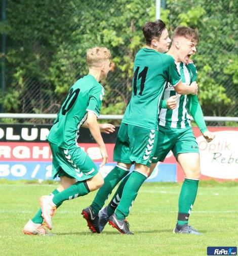 Lorenz Grond mit dem Ausgleich in der 4. Minute der Nachspielzeit (Bild: fupa.net)