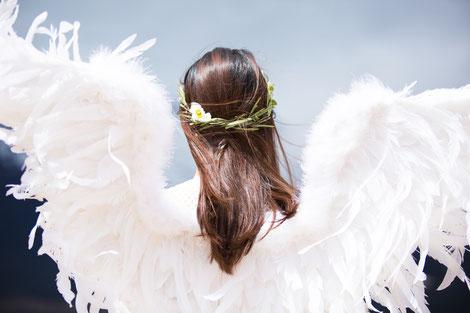 """Schutz durch Engel. In der Oper """"Hänsel und Gretel"""" ist das zum Ende des 1. Aktes sehr emotional erlebbar."""