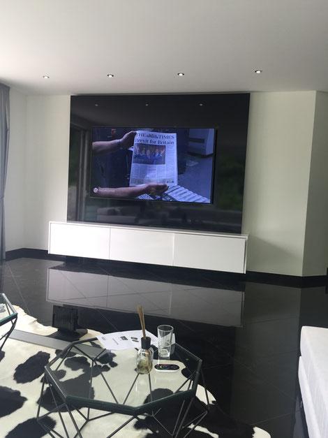 TV WALL Designmöbel - TV Wand Referenzen - TV WALL - Die TV ...