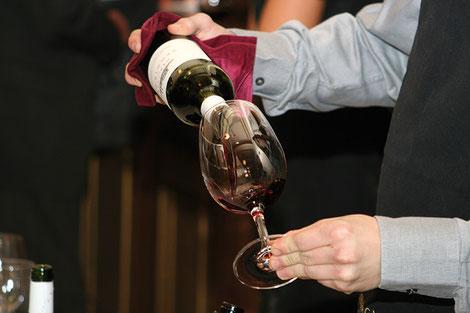 Les séances de dégustation raviront les papilles de parents amateurs de vins.  Crédit photo : Pixabay©edusoft