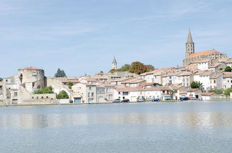 Le grand bassin de Castelnaudary. Crédit photo : Couleur Média