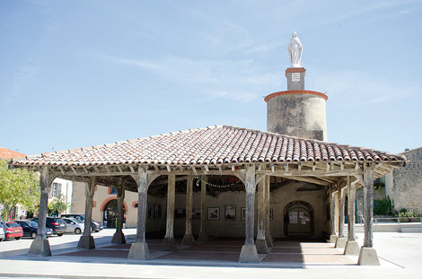 Halle de Saint Félix Lauragais - crédit photo : Couleur Média