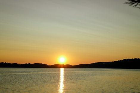 Sonnenuntergang See Baven Schweden