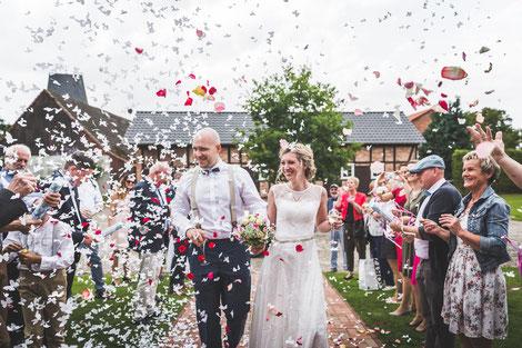 Vintage-Hochzeit im Landhaus Sükow mit Hochzeitsfotografen