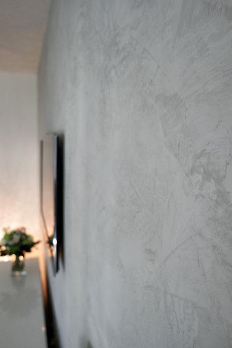 Wohnzimmer TV Wand Gestaltung mit Kalk: Stone Urban Grey