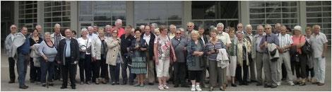 Le groupe 3aspie devant le centre Pompidou de Metz