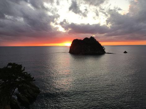 西伊豆の日本一の夕陽 2018.12.25撮影