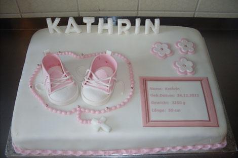 Babybauch torte rosa