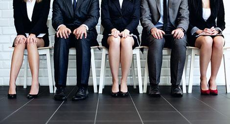 あなたの翻訳チームを利用することで、海外展開チームの採用課題を解決できます。