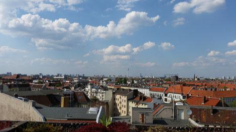 Bild: Blick über Berlinbei Sonnenschein