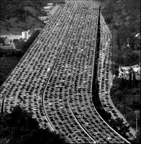 Source: urbanmobilityberlin - fossil fuel traffic