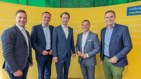 Bundeskanzler Sebastian Kurz mit Bezirksparteiobmann Nationalrat Johann Höfinger, Landesrat Jochen Danninger und den beiden LAbg. Christoph Kaufmann und Bernhard Heinreichsberger