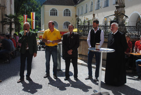 Bgm. Hermann Primus, Obmann Reinhold Kaimbacher, Pius Zarfl (BZV Wolfsberg), Arno Kronhofer, Dekan Stattmann