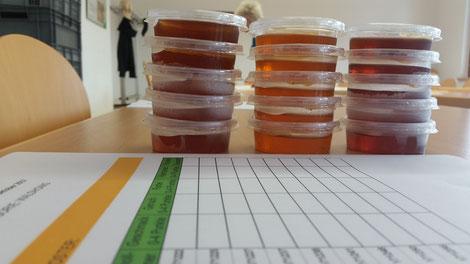 Heuer wurden 166 Honigproben von 134 Teilnehmern eingereicht und 136 prämiert