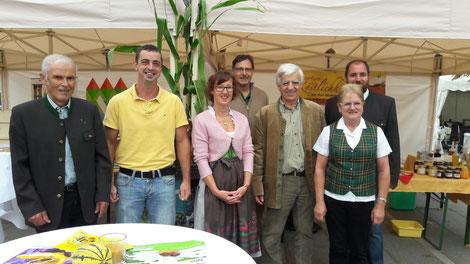 Von links: Hans Brencic, Jürgen Kordesch, Obfrau Margit Cuder, Hubert Cuder, Paul Buch, Monika Brencic und Heinz Sagmeister-Sarao