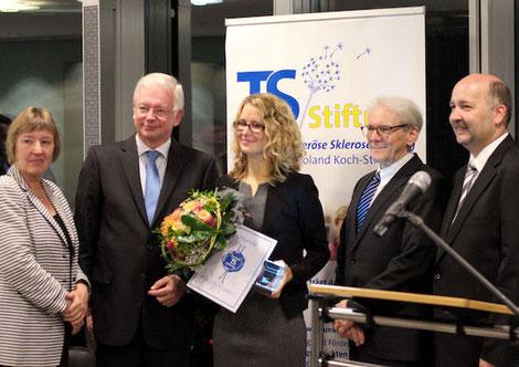 Preisverleihung: Stifter Anke und Roland Koch, Preisträgerin Theresa Scholl MSc, Laudator Prof. Dr. Max Karl Einhäupl, Geschäftsführer Helmut Hehn. Foto: Galina Görl