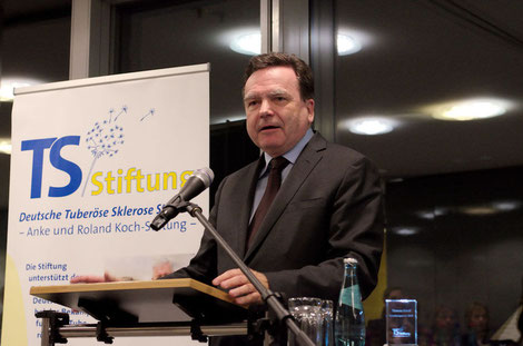 Begrüßung durch den Vorsitzenden des Vorstandes der Hessischen Landesbank, Herbert Grüntker
