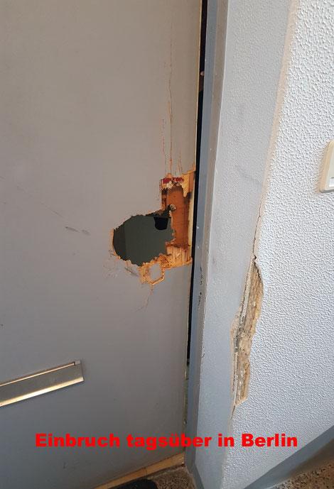 Tür eingebrochen